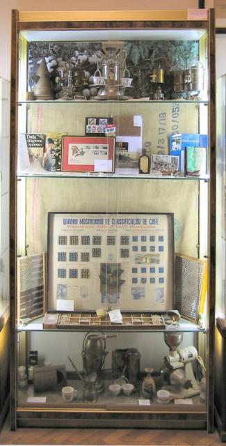 Caff origine caratteristiche e curiosit giornale del - Caffe degli specchi ...