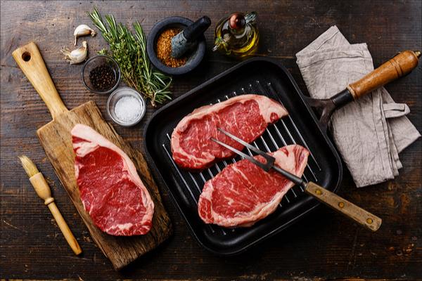 Come cucinare alla piastra la carne e il pesce - Piastra per cucinare ...