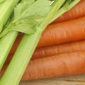 sedano-e-carote-sotto-aceto