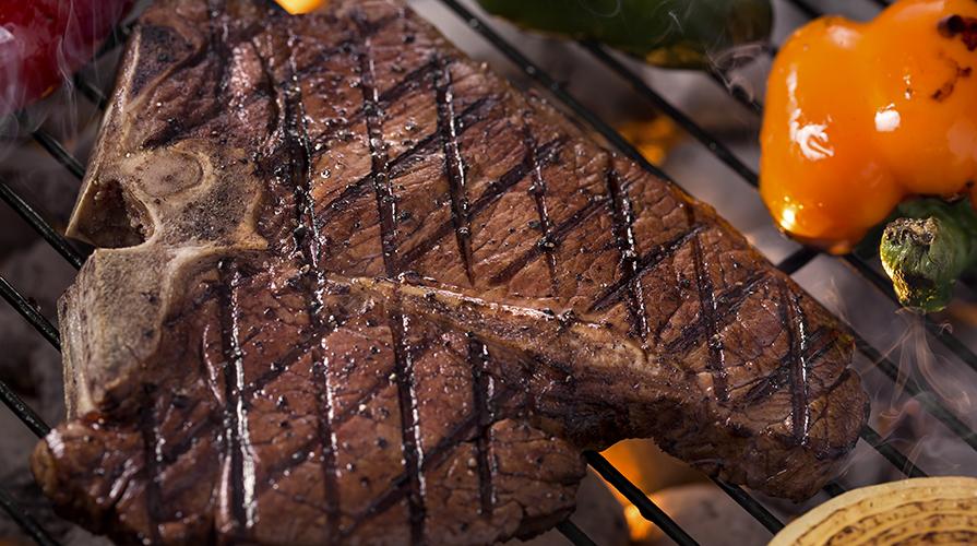 Bistecca alla fiorentina fiorentina giornale del cibo for Cucinare entrecote