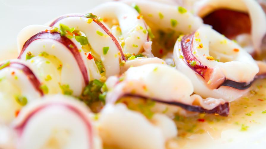 calamari in salsa verde alla spagnola