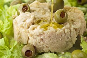 pilaf-di-riso-con-tonno-e-olive