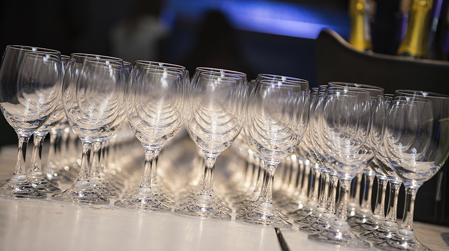 Bicchieri come scegliere il bicchiere giusto giornale - La cucina di giuditta ...
