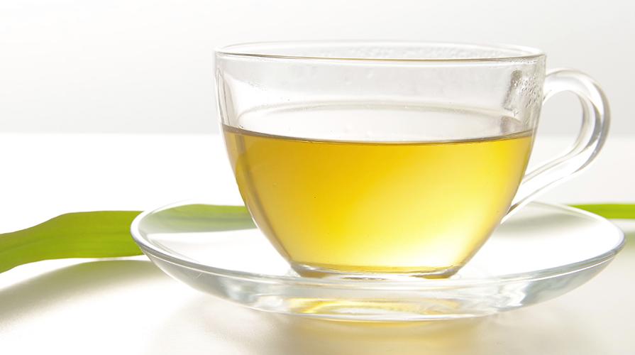 Liquore alle foglie di alloro e limone – A fiamma dolce