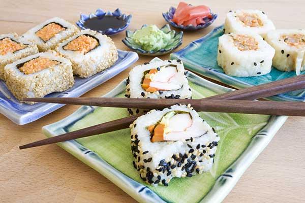 Fare il sushi in casa gli strumenti adatti for Come fare piano casa