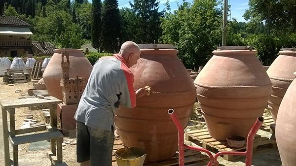 Anfore per vino intervista a leonardo parisi di artenova for Anfore terracotta da giardino