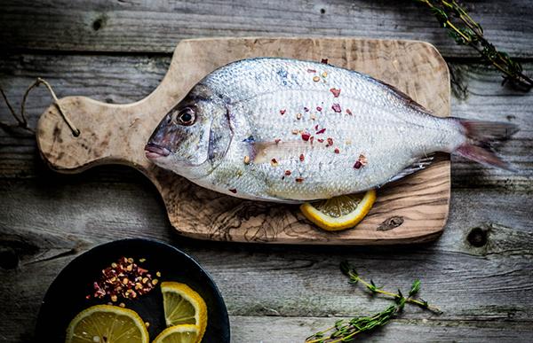 Pesce di stagione a dicembre cosa comprare for Comprare pesci online
