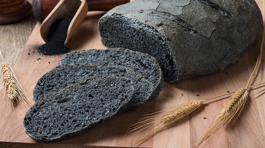 Pane al carbone vegetale perch stato vietato - Il carbone vegetale fa andare in bagno ...
