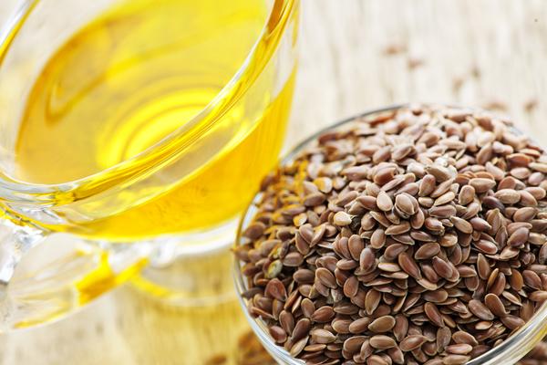 Tipi di olio di semi caratteristiche e propriet for Olio di lino crudo