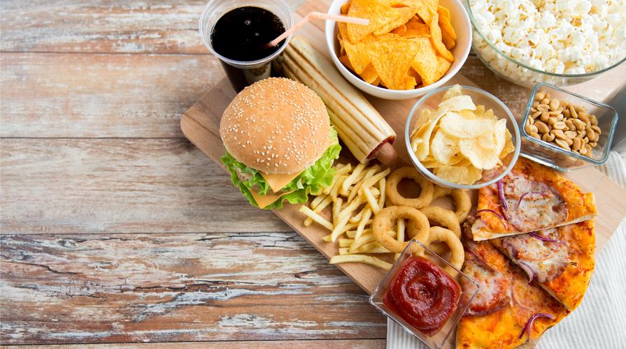 Famoso Tasse sul cibo spazzatura: di cosa si tratta e quanto sono davvero  CM09