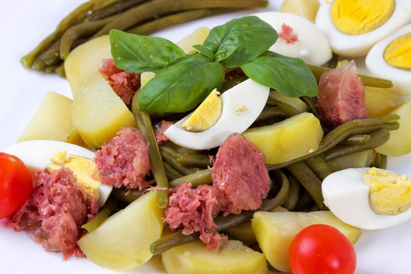 insalata di carne in scatola