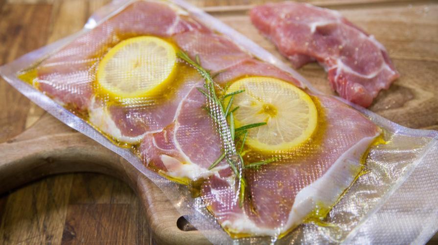 Cottura sottovuoto ecco i consigli per farla in casa for Cucinare sottovuoto