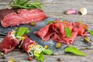 spiedini di carne in padella