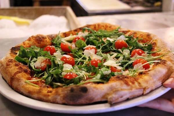 pizzeria caruso bologna