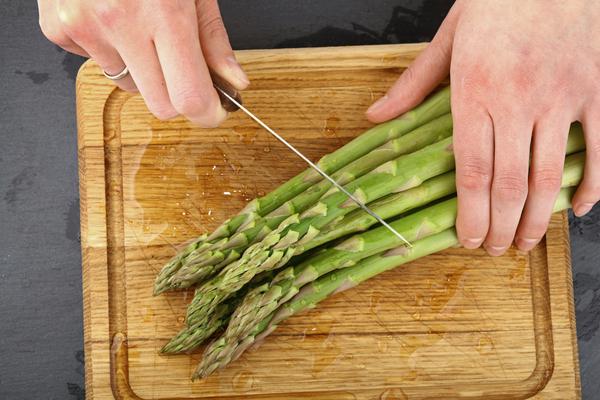 Taglieri da cucina: consigli utili per scegliere quelli giusti