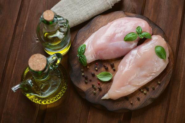 Deliziosi petti di pollo con dieta. Ricette Pollo light - Le ricette ...