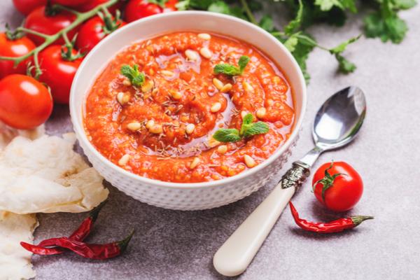 zuppa pomodoro coriandolo